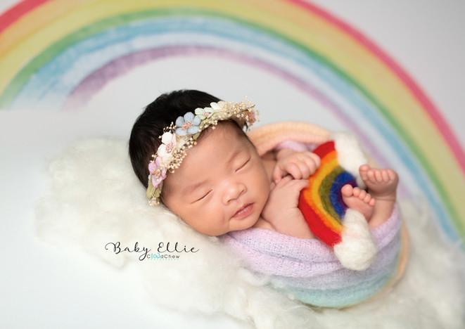 Ellie newborn-003.jpg
