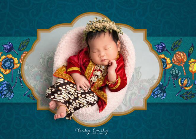 Emily newborn-012C copy.jpg