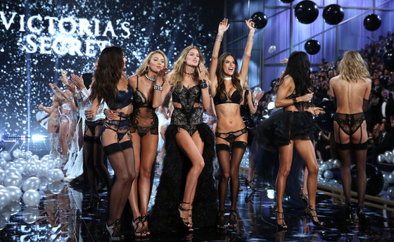 2016年11月-Victoria's Secrets维多利亚的秘密时装周