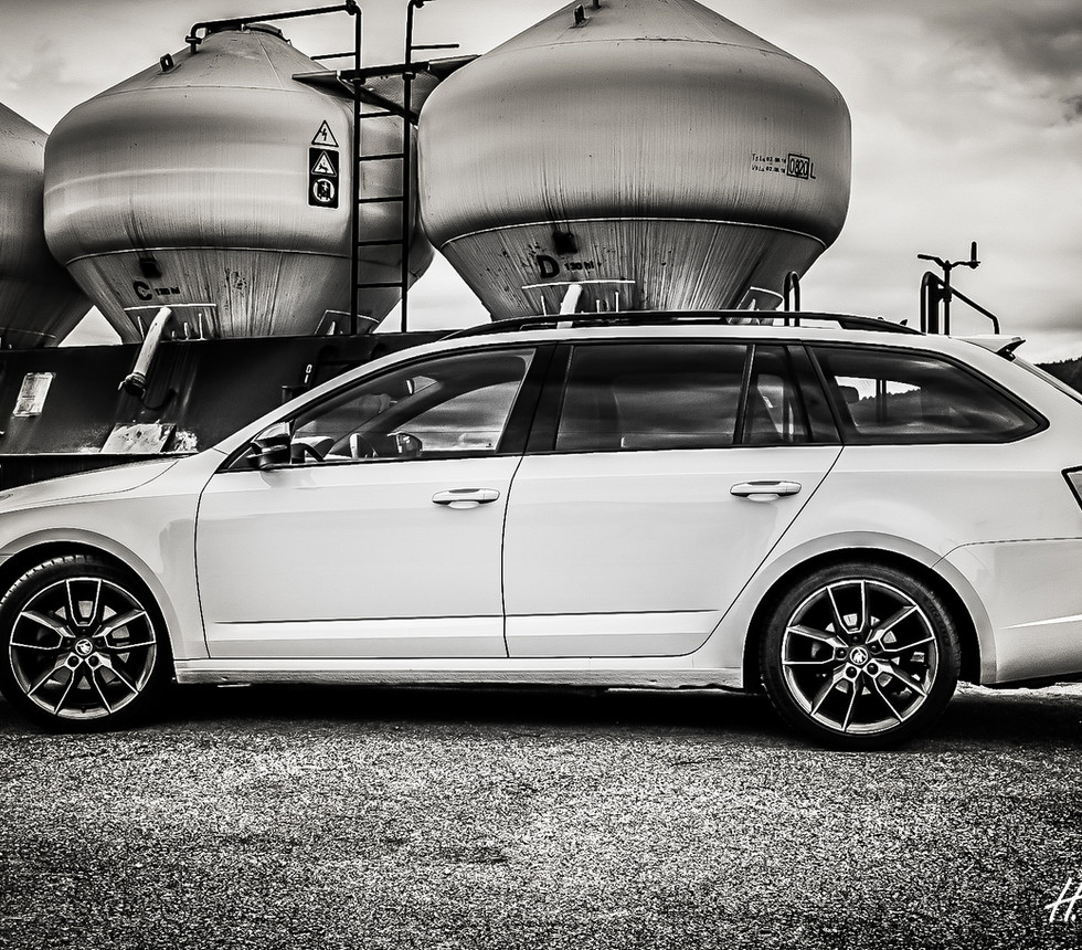 Octavia RS