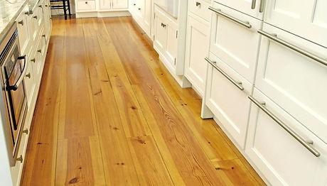 hardwood-pine-flooring-heart-pine-flooring-and-solid-wood-flooring-wide-pine-flooring-l-a6f5dff831af