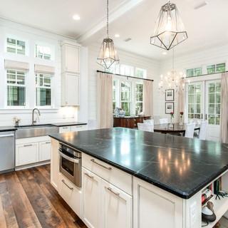 kitchen 3 9RO.jpg