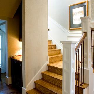 Stairwell-Wine Bar.jpg