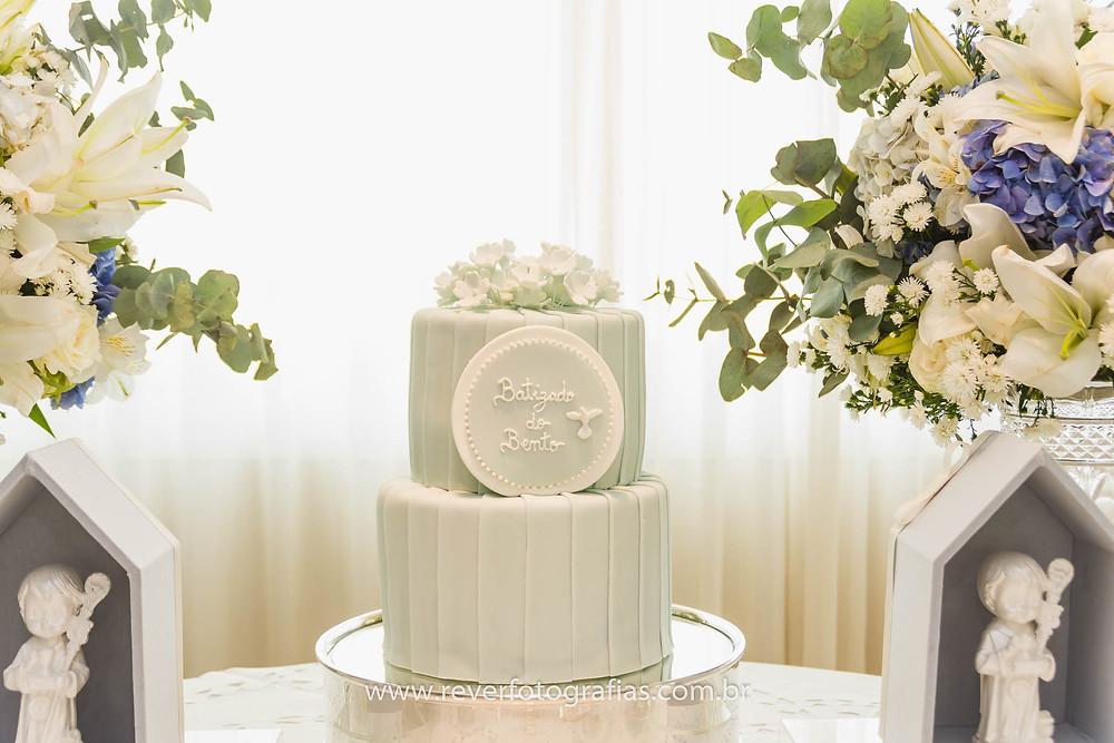 fotografia de bolo de batizado