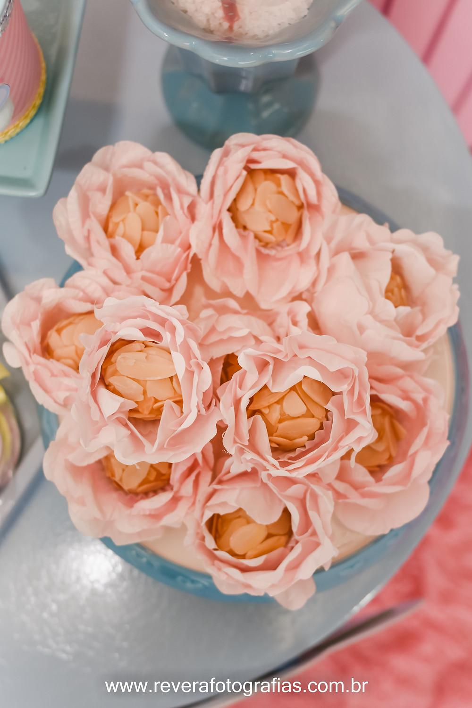 fotografia de doces finos em tons pasteis