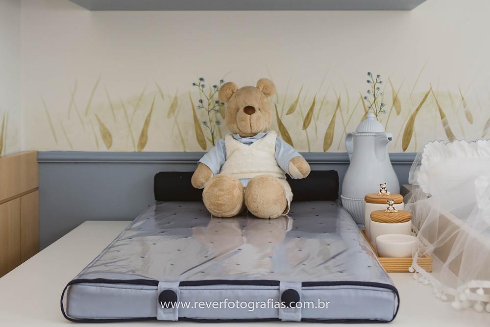 ursos na decoração do quarto de bebe azul e branco