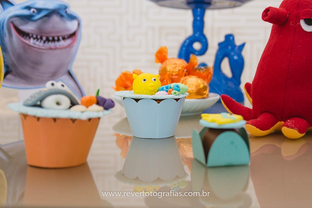 fotografia de festa infantil com tema do fundo do mar