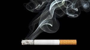 Entre los 18 y 24 años es cuando más se fuma en España