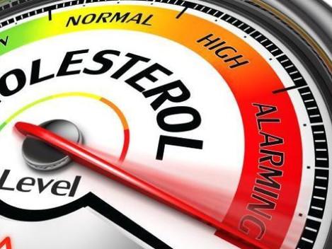 Los hombres españoles suspenden en colesterol, tensión arterial y glucosa