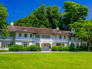 Jaqueline Kennedy Onassis' Childhood Summer Home up for Grabs in East Hampton