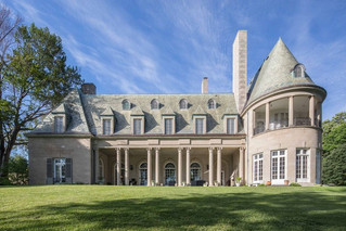 Do You Prefer the Book or The Movie? The House That Inspired Fitzgerald's 'The Great Gatsby&