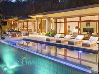 Ricky Martin is Livin' la Vida Loca in Beverly Hills