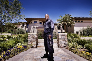 Floyd Mayweather's Luxury Real Estate Portfolio Will Knock Your Socks Off!
