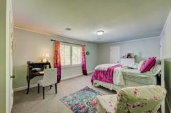 Kids bedroom (2)