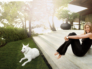 Jennifer Aniston's 1970's Residence in Beverly Hills is Super Cool