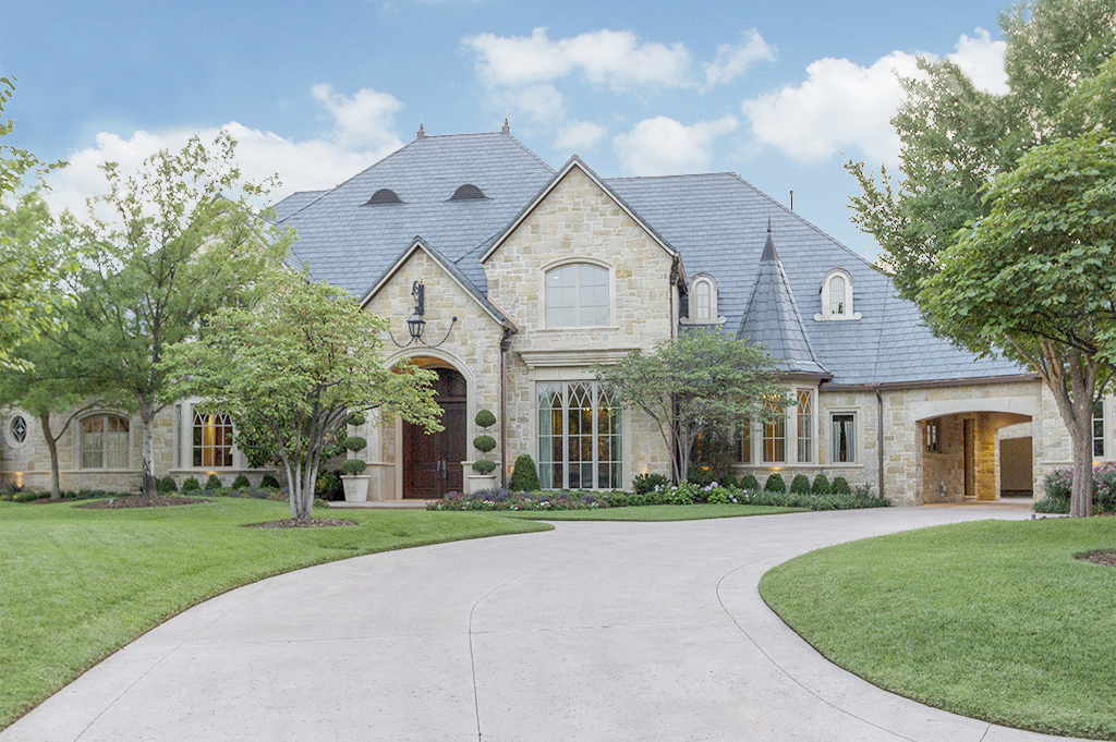 Front Exterior Day copy.jpg
