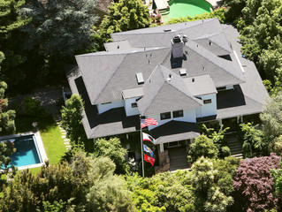 Billionaire Zuckerberg is Updating his Privacy Settings with a $30 Million Real Estate Purchase