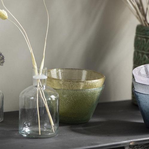 Petit vase en verre transparent