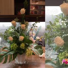 Arrangement de roses blanches