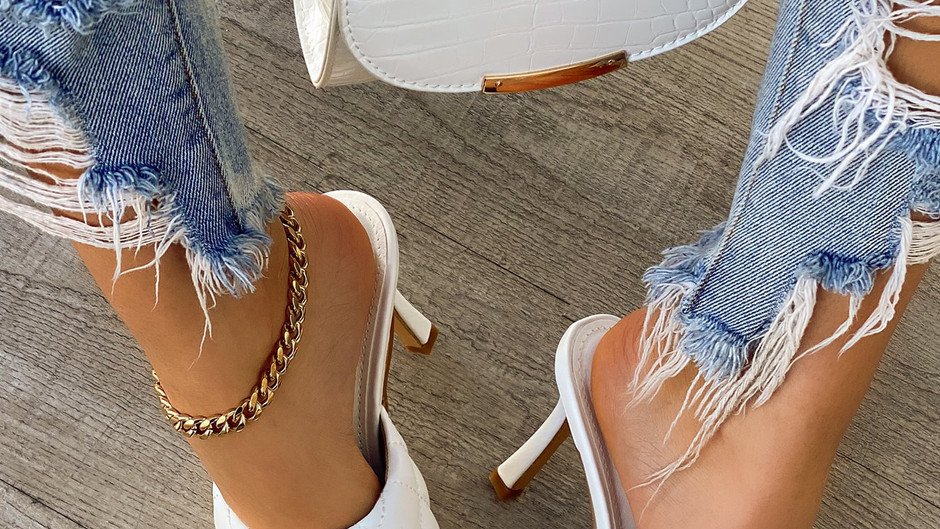 4 Reasons Square Toe Shoes Are a Major Trend This Spring