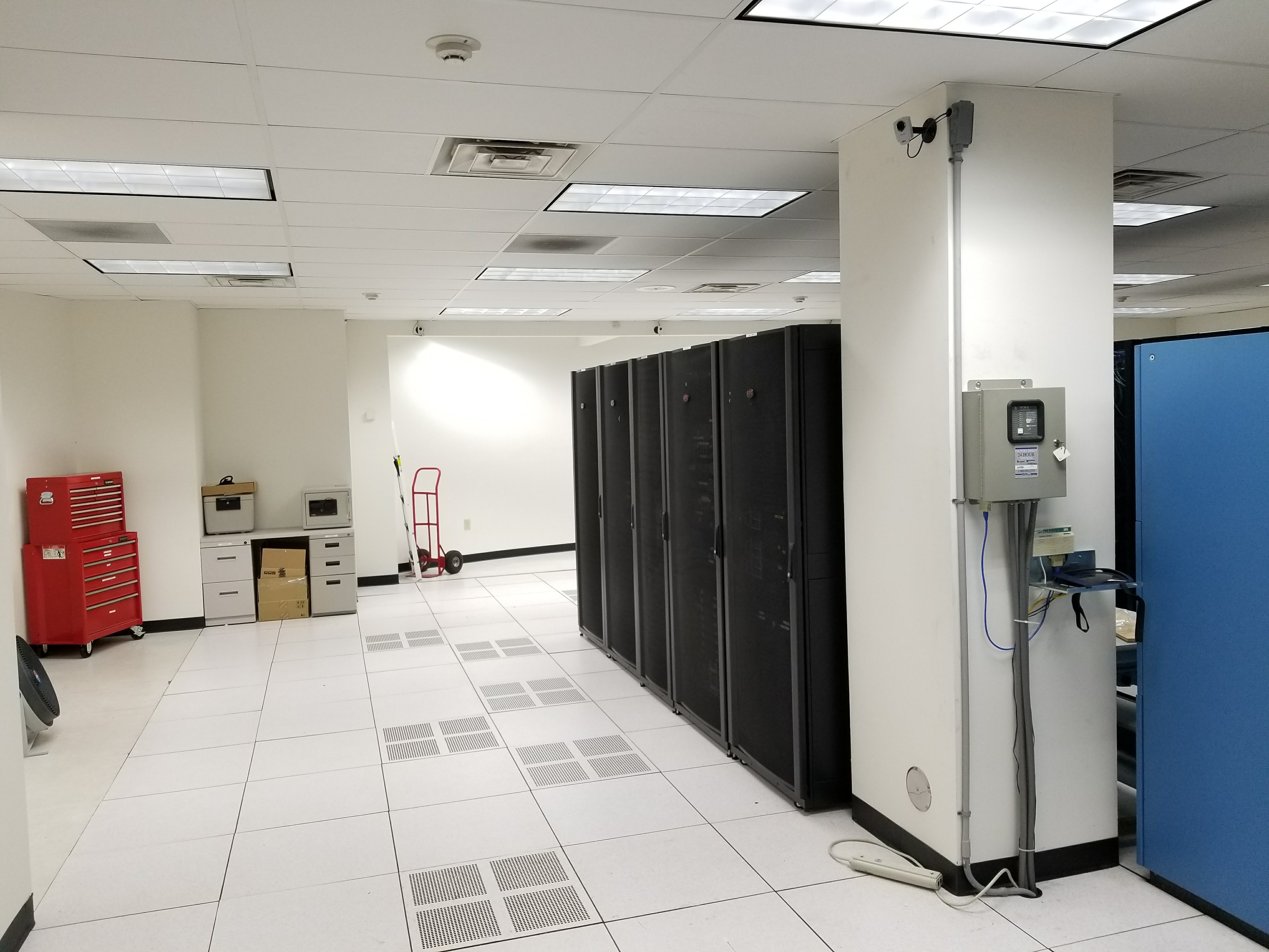LED Data Center