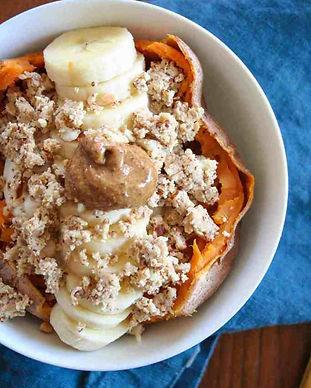 stuffed-sweet-potato-breakfast-bowl-1.jp
