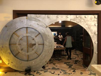 Bank Vault - Bonnie & Clyde