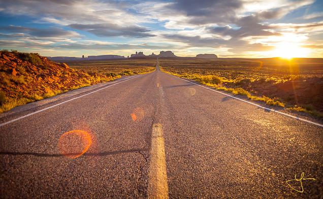 Iconic Monumental Road