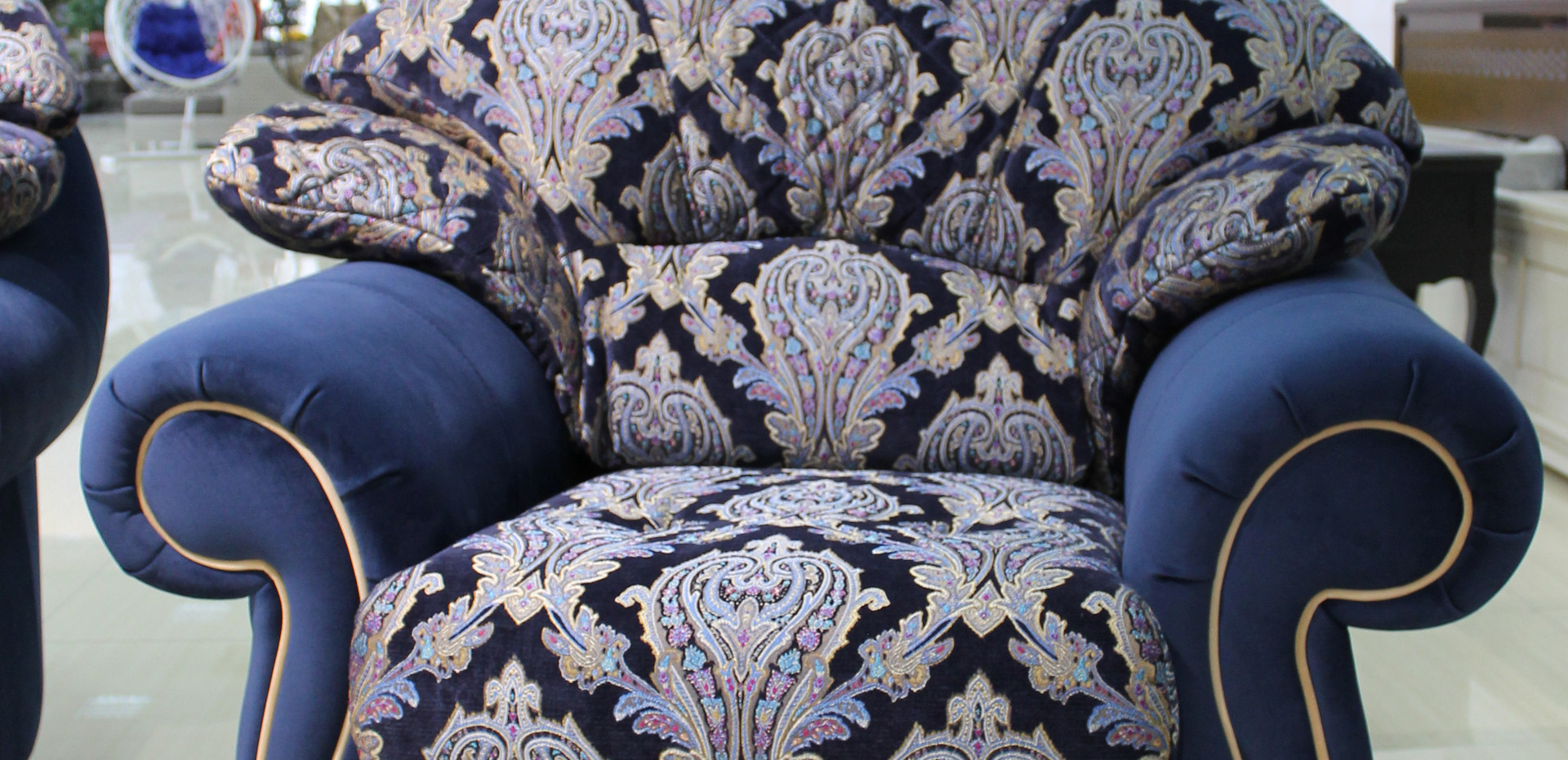Чезаре кресло
