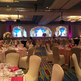 Indian-wedding-reception-fuchsia-and-gol