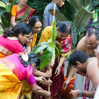 Indian-ceremony-puja.jpg