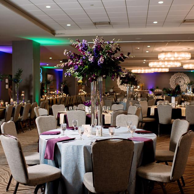 Indian-wedding-reception-peacock-theme.J