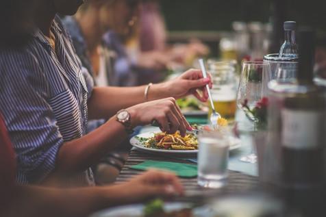 Immer gute regionale Speisen auf den Tischen der Lauschhütte.