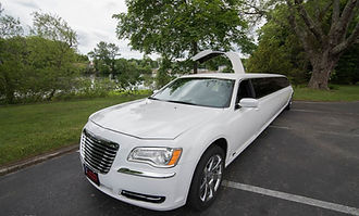 Chrysler 300 Stretch Limo servicing Newport and Providence RI