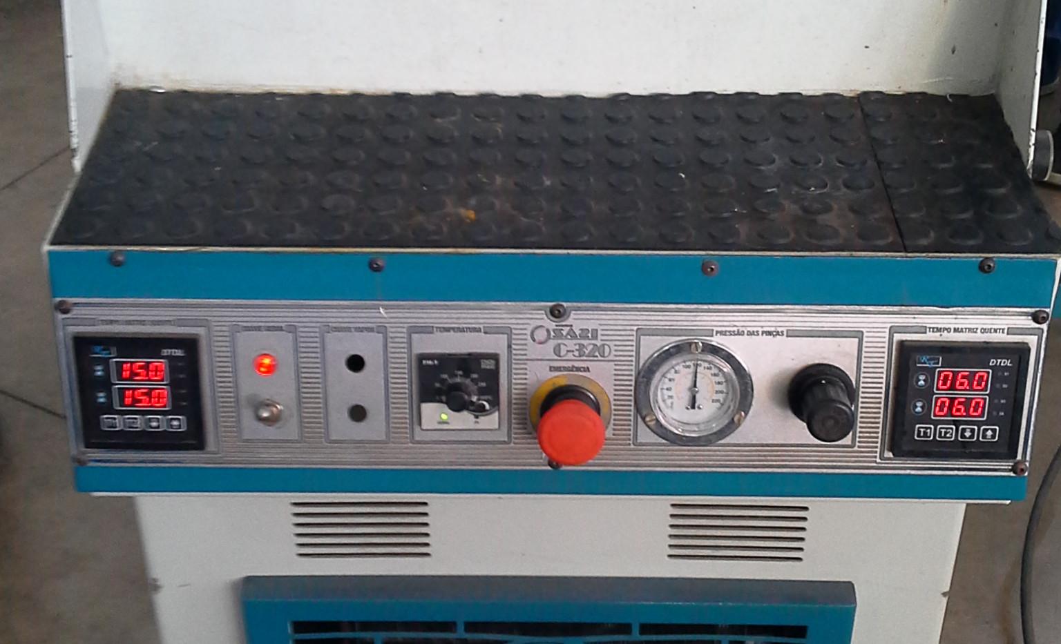 Máquina de Moldar Contra Forte Quente e Fria Mod. C-320