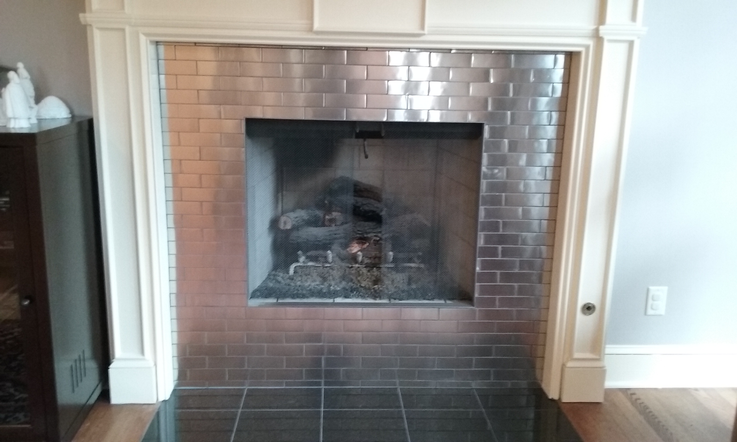 Stainless Mosaic with Schluter edgin
