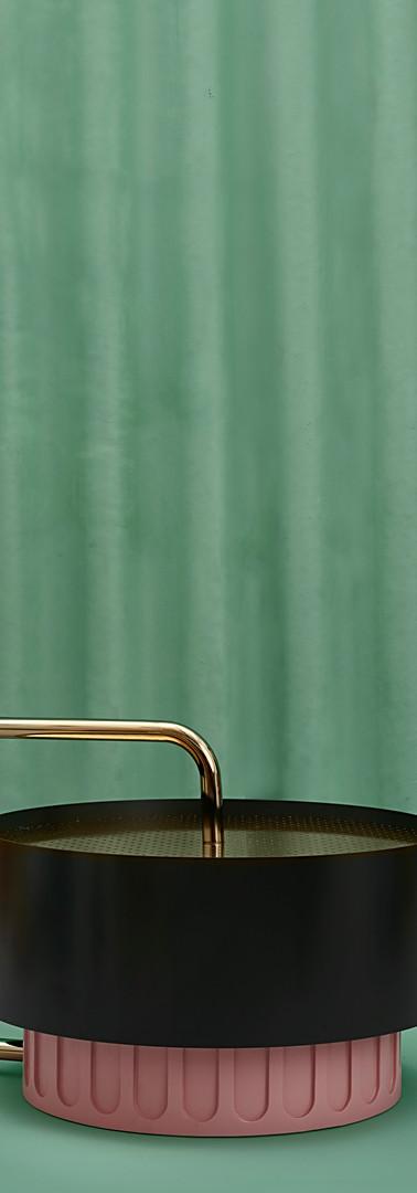 chiccera con pompa pouf - Copy.jpg
