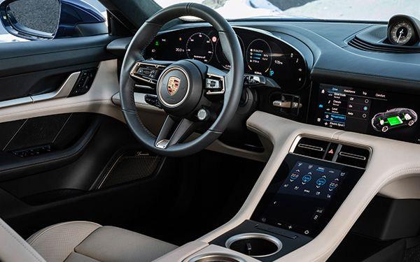 Porsche-Taycan-interior1.jpg