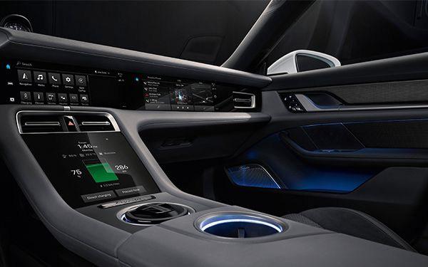 Porsche-Taycan-interior4.jpg