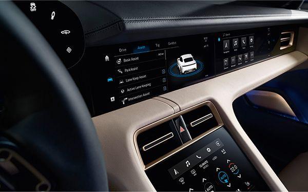 Porsche-Taycan-interior2.jpg