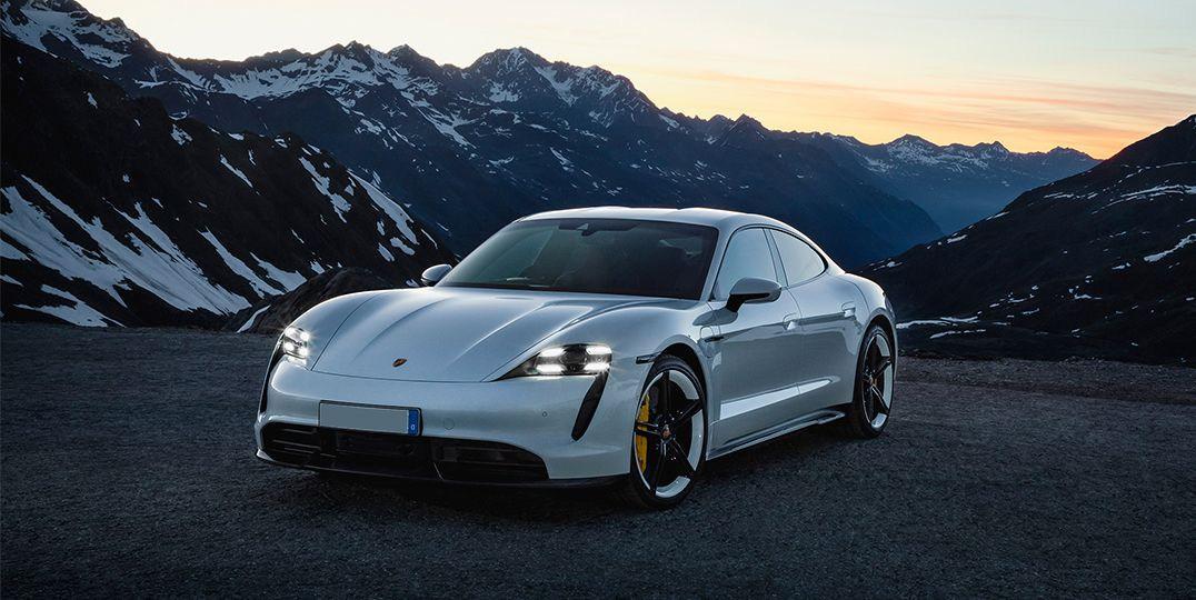 Porsche-Taycan_White.jpg