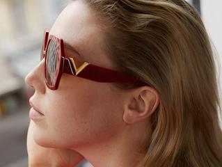 Valentino Eyewear: eleganza senza tempo