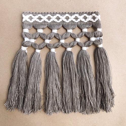 Fringe | 6.5 in diamond triple knot, charcoal