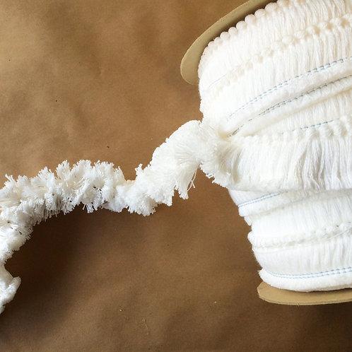 Fringe | 1.5 in cut brush fringe, bleach white cotton