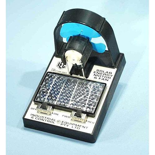 Motor con Ventilador de Energía Solar