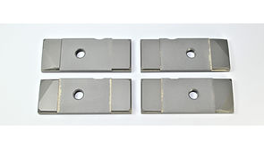 This Carbide Blade Guide Set fits Newer Hydmech H14 machines along with any other calling for the listed cross numbers.
