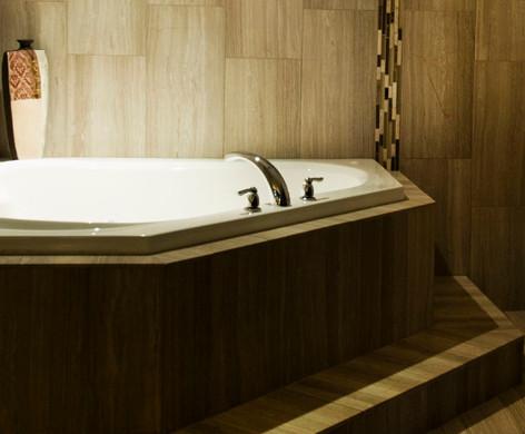 Premium Jacuzzi Suite Bath
