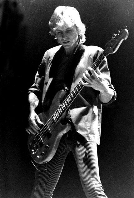 Mark Andes   Bass   Heart 2  Copyright_e