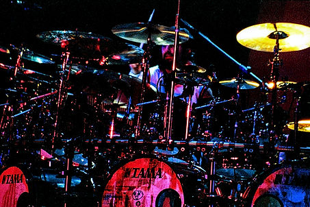 Mike%20Portnoy%20Dream%20Theater%20300dp