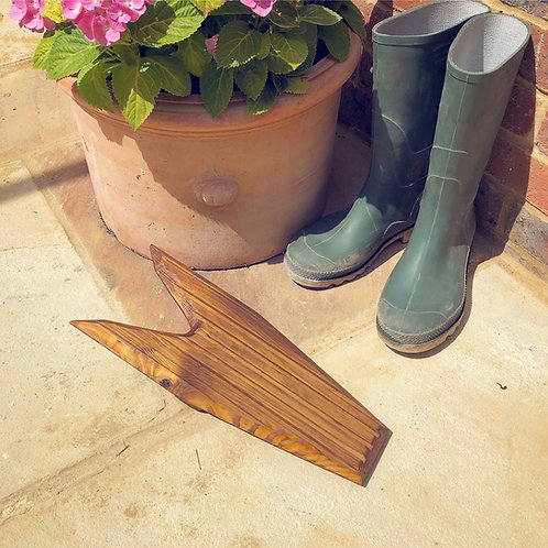 Boot Jack made from Reclaimed Decking by Lejscarpentry